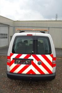 Lichtbalk-Legend-en-signalisatiestrepen-rood-wit-3M-200x300