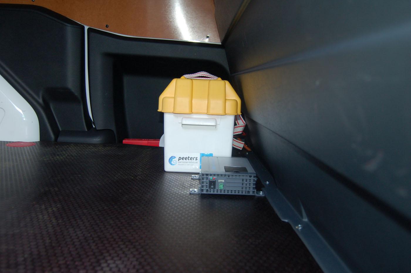 Omvormer-en-bijkomende-tractiebatterij